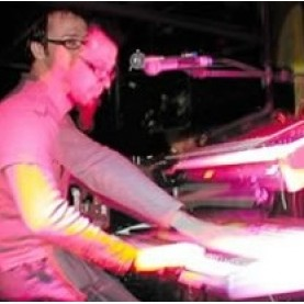 Yamaha Ex5 - God'yn on Stage
